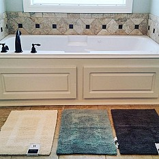 Wamsutta Reversible Bath Rugs And Toilet Lid Covers